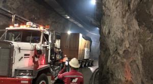 75-tonowy kolos dotarł z Polski do Kolumbii. Tak go wieziono
