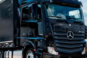 Daimler wchodzi w programowanie ciężarówek autonomicznych