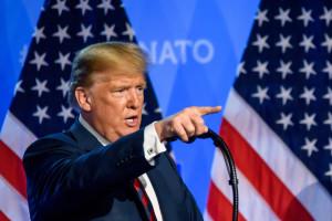Donald Trump ma w przyszłym tygodniu omówić z szefem NATO wydatki państw Sojuszu na obronność