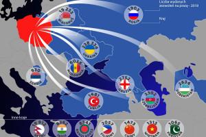 Coraz więcej obcokrajowców w polskich firmach. Skąd przyjeżdżają? Mamy mapę
