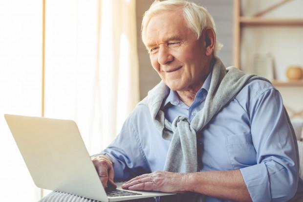 Coraz więcej emerytów chce pracować
