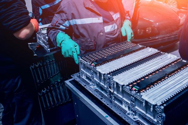 Polska musi się pośpieszyć z produkcją e-aut