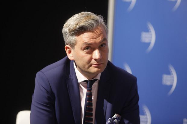 Robert Biedroń: dyskusja o euro w Polsce nie ma sensu