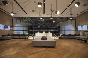 Polski sprzedawca obuwia uruchomi salon z 200 tysiącami par butów