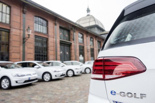 Volkswagen: potrzeba więcej ogniw do baterii samochodowych