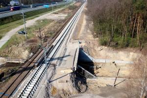 PKP PLK chwalą się postępami modernizacji za prawie 1 mld zł