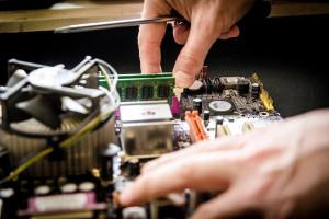 Tauron naprawi ci komputer. Przez 24 godziny na dobę