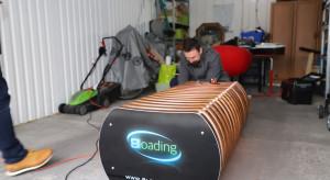 Zrobili w garażu ławkę smogową, która mierzy stan powietrza