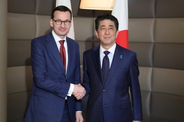 Premierzy Polski i Japonii za umową o wolnym handlu między Japonią i UE
