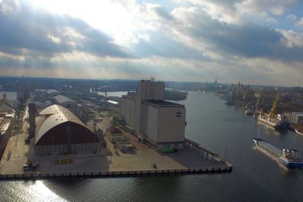 Ktoś usiłuje kupować akcje portów Szczecin i Świnoujście, ale po co?