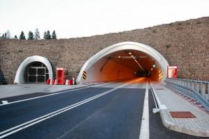 Przetarg na górski odcinek ekspresówki z tunelami za 1,4 mld zł rozstrzygnięty