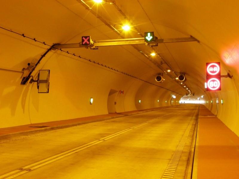 Tunel w Lalikach na sąsiednim do planowanego obejścia Węgierskiej Górki odcinka drogi S1. fot. GDDKiA