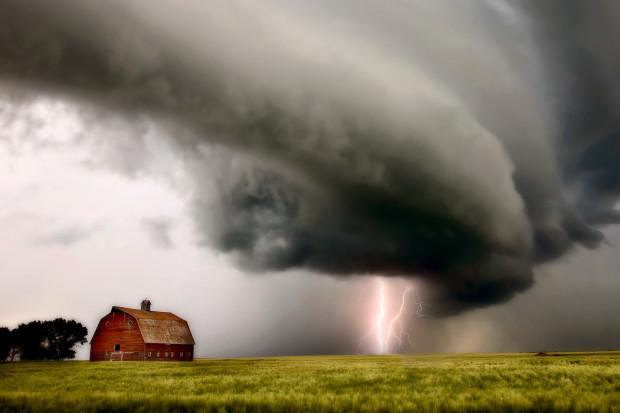 Bank centralny Kanady ocenia finansowe ryzyko zmian klimatu