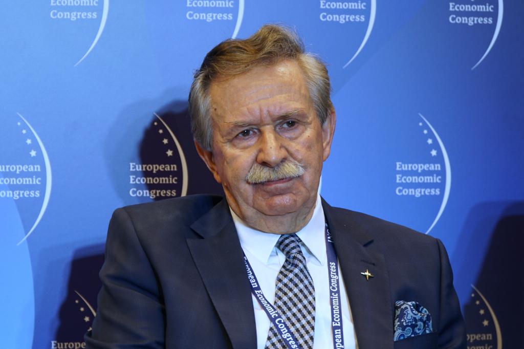 Leon Komornicki, przewodniczący rady wykonawczej Komitetu Przemysłowego Stowarzyszenia Euro-Atlantyckiego
