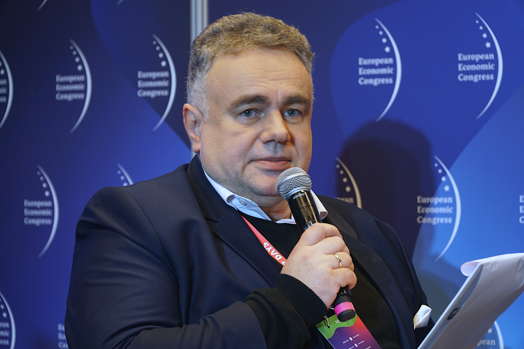 Dyskusję moderował Tomasz Sakiewicz, redaktor naczelny Gazety Polskiej