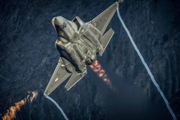 Francja, Niemcy i Hiszpania podpisały umowę ws. wspólnego myśliwca