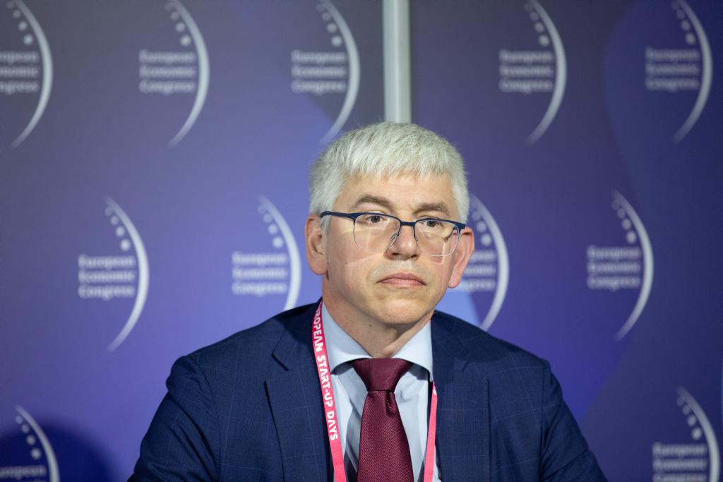 Mirosław Michna, szef zespołu doradców dla branży motoryzacyjnej KPMG