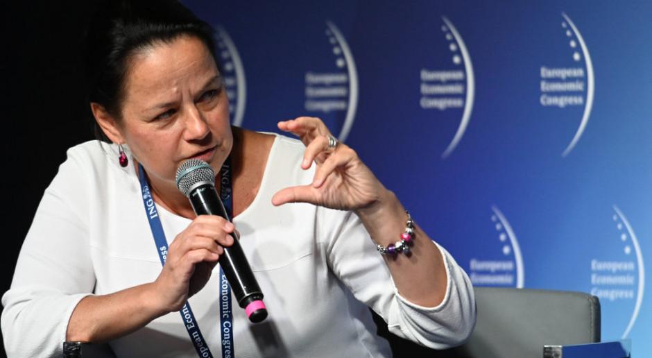 Dyskusję moderowała Anna Glanowska-Szpor, dyrektor zarządzająca sektorem budowlanym w ING Banku Śląskim.