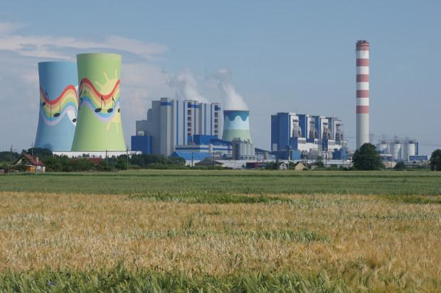 Premier: wśród obszarów priorytetowych transformacja energetyki i wdrożenie cywilizacyjnych projektów