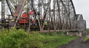 Wzmacniany most  zapewni szybszy przejazd pociągów między regionami