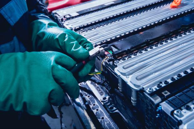 Stale nierdzewne wygryzą aluminium z baterii elektrycznych aut?