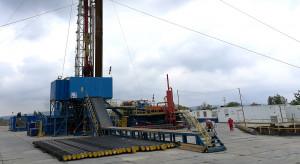 Ceny gazu i odpisy na górnictwo uderzyły w PGNiG