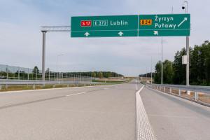 Polska sieć dróg ekspresowych dłuższa o 13 km. Nowy odcinek S17 otwarty