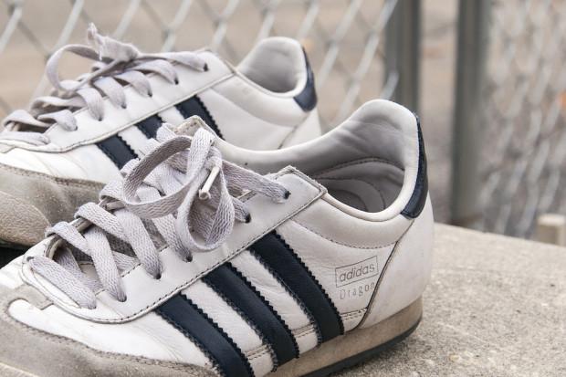 Adidas przegrał przed unijnym trybunałem. Traci wyłączność na trzy paski