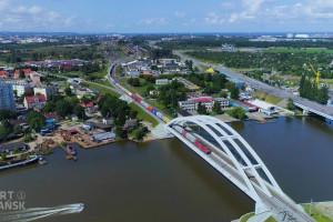 """Trzy kontrakty za 2,6 mld zł. Ruszają """"portowe"""" inwestycje kolejowe"""