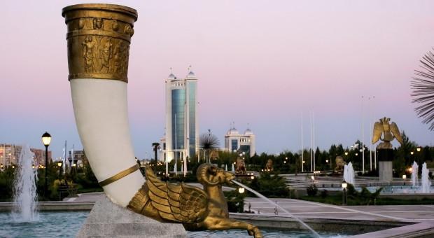 #TydzieńwAzji: Aszchabad w Turkmenistanie zaskoczył międzynarodowy biznes kosztami życia
