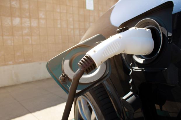 Nowe propozycje dopłat do elektryków i nie tylko. Korzystne zmiany dla przedsiębiorców