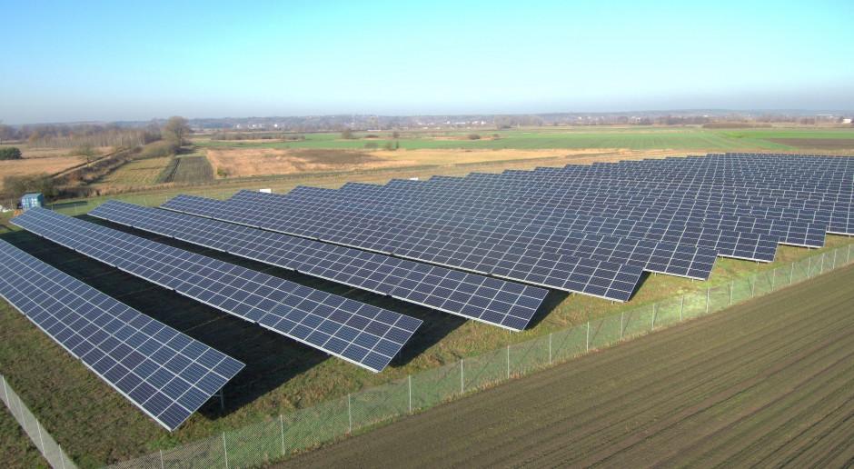 Facebook dostanie prąd z OZE od Dominion Energy. Solary ruszą pod koniec roku