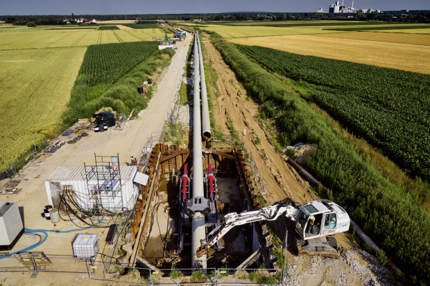 Kluczowy dla Polski gazociąg pokonuje Odrę. Widzieliśmy to na własne oczy
