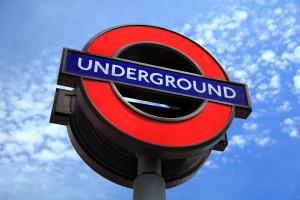 Londyńskie metro będzie śledzić ruch pasażerów