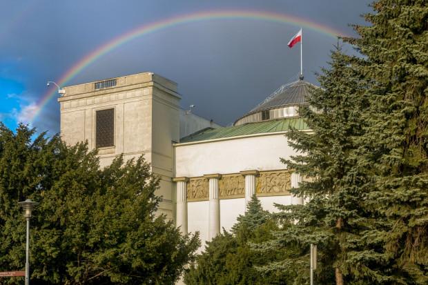 Sejm znowelizował specustawę, by przyspieszyć inwestycje gazowe