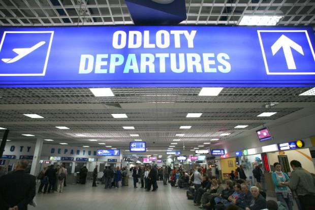 Na parkingu Katowice Airport nowa organizacja ruchu