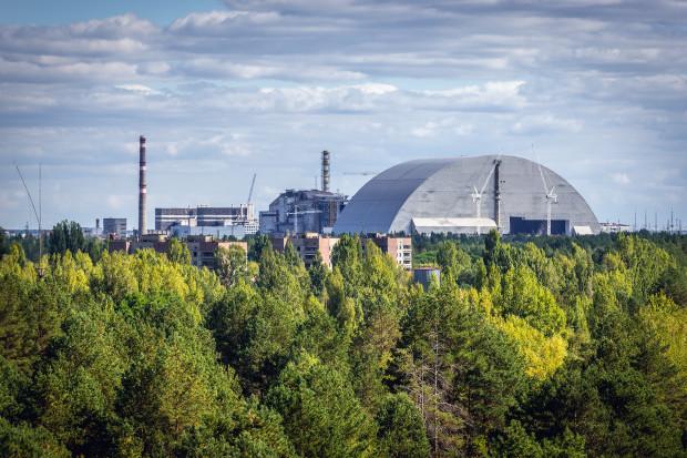 Nowa osłona nad reaktorem w Czarnobylu