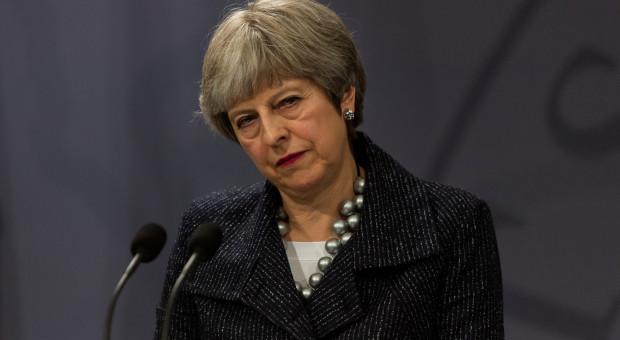 Theresa May: ustępuję ze stanowiska z mieszaniną dumy i zawodu