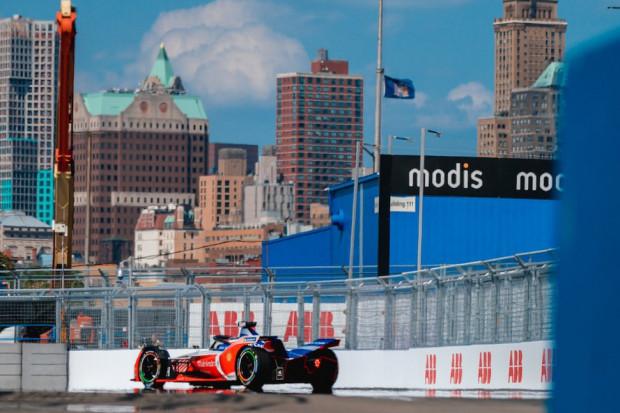 Zakończył się kolejny sezon wyścigów Formuły E