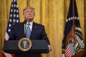 Trump wpędził kraj w recesję? Tak złych danych nie było od 10 lat
