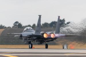 Amerykański F-15 lądował awaryjnie na lotnisku w Powidzu