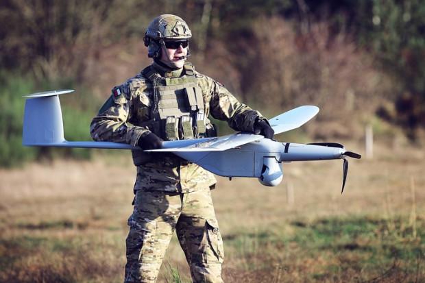 Kolejne bezzałogowce FlyEye polecą do terytorialsów