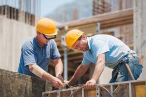 W ciągu miesiąca produkcja wzrosła we wszystkich działach budownictwa. Rok temu było jednak lepiej