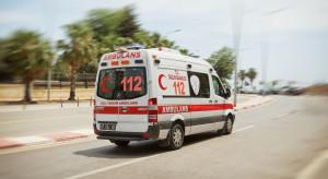 Wypadek autokaru z polskimi turystami. Pojazd stoczył się ze skarpy