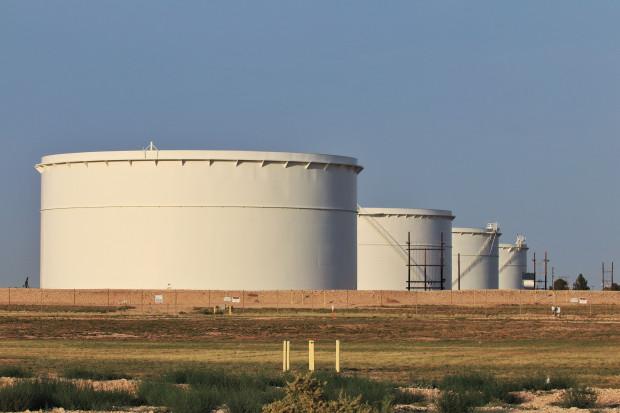 Zapasy ropy w USA zmalały po raz pierwszy od 3 tygodni