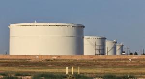 Zapasy ropy w USA notują nadzwyczajną serię