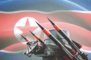 """Korea Północna testuje """"olbrzymią wyrzutnię wielu pocisków"""""""