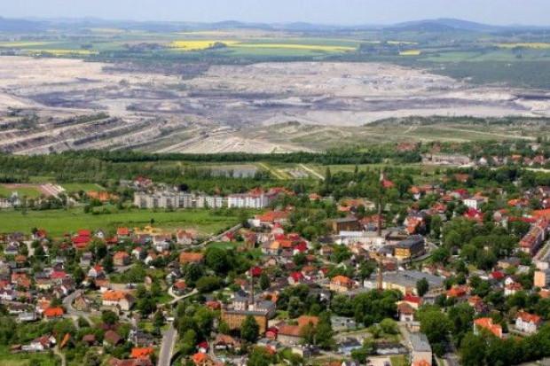 Czesi mierzą hałas z kopalni węgla brunatnego Turów