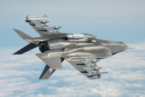 Ile Polska zapłaci za myśliwce. Mariusz Błaszczak o cenie za F-35