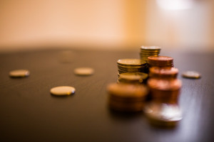 Rząd przyjął projekt noweli o przeciwdziałaniu praniu pieniędzy